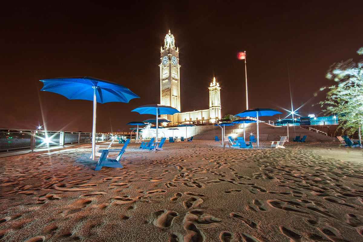 clock-tower-beach-02